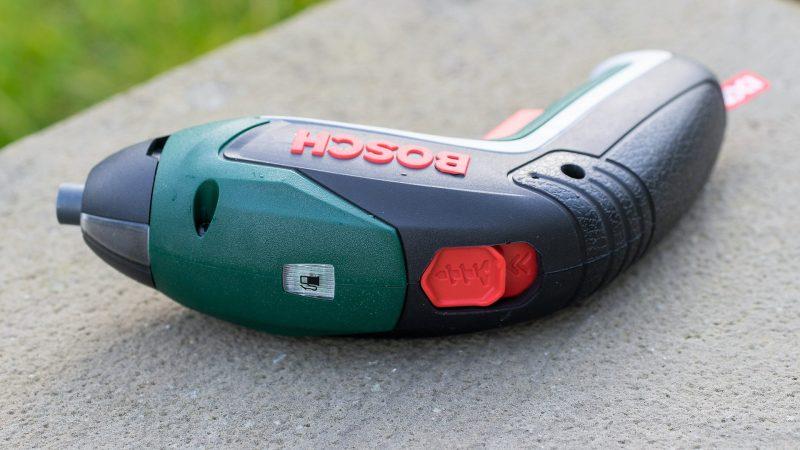 Индикатор заряда и переключатель реверса
