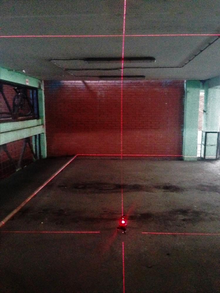 Лазерный уровень светит на 6 метров