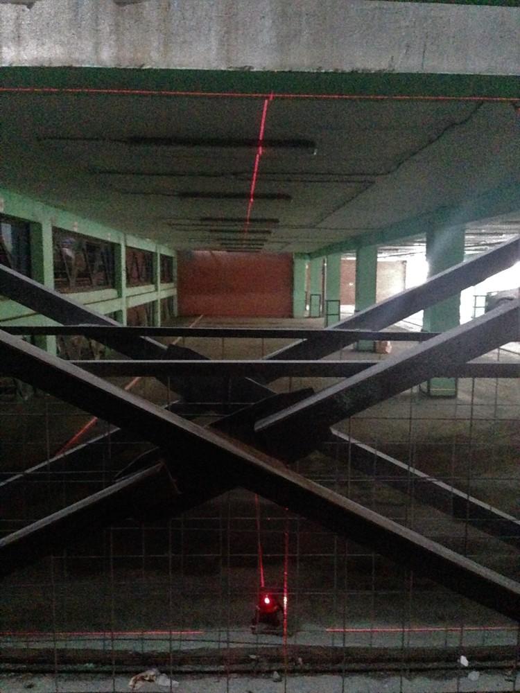 Лазерный уровень светит на 24 метра