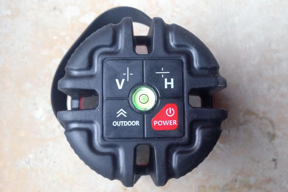 За управление уровня отвечает блок из четырех кнопок